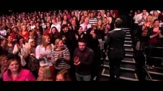 Robin Thicke - Give It 2U (Alan Carr Chatty Man 2013 11 08)