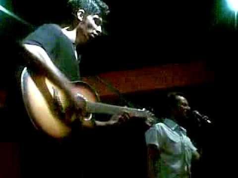 Umer Iftikhar live at Cafe Rock lahore