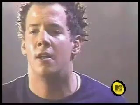 #SPAdvent Simple Plan - Perfect / I'm Just A Kid (Live Backstage Pass 2002)