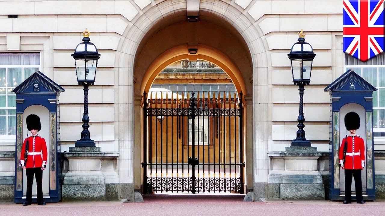 Buckingham Palace tour: 360 VR video tour lets you explore UK Queen's home  in 3D - TomoNews