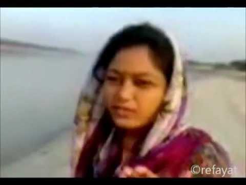 Mi Radhika Marathi Krishna Bhajan Full Hindi Lyrics By Ritu Hirwa