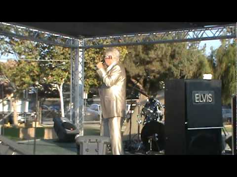 "Frankie Martin Show ""Let Me Entertain You"".MPG"