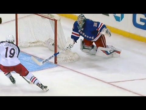 Lundqvist dives for incredible stick save