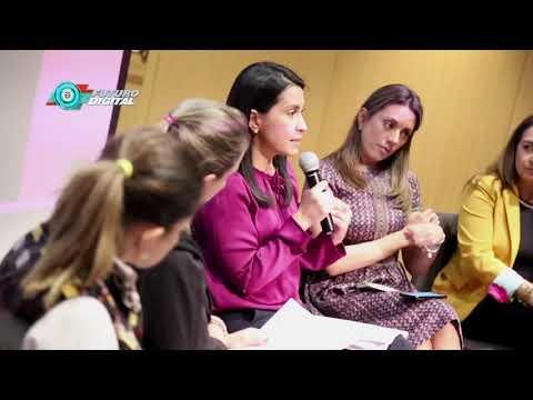 Taller 'Mujeres empresarias liderando la era digital', grandes invitadas al Ministerio TIC I N8 C48