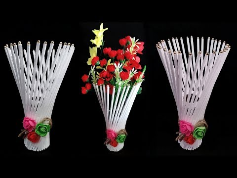 Newspaper flower vase // flower vase making