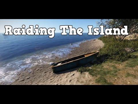 Raiding The Island - Rust