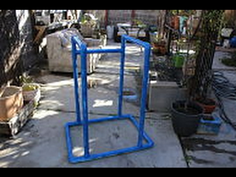 Diy dip station pvc youtube diy dip station pvc solutioingenieria Image collections