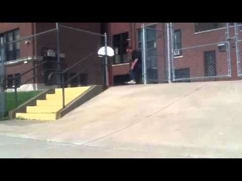Sparrow skateboarding