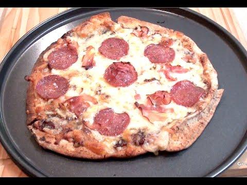 pita-bread-pizza---how-to---greg's-kitchen