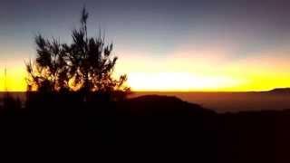 Download lagu Keindahan Sunrise di Gunung Bromo MP3