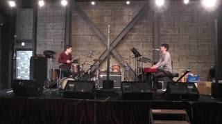 Piano: Manabu Yamamoto Drums: Naruhito Mikogai.