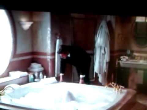 Pretty Woman Vasca Da Bagno : Closeup of young woman in bathtub bathin stock photo image of