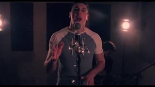 Adam Lyons - Sunrise (Midnight Live Lounge)