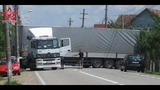 TIR Mercedes blocat pe sosea salvat de Scania (Gherla, Cluj, România)