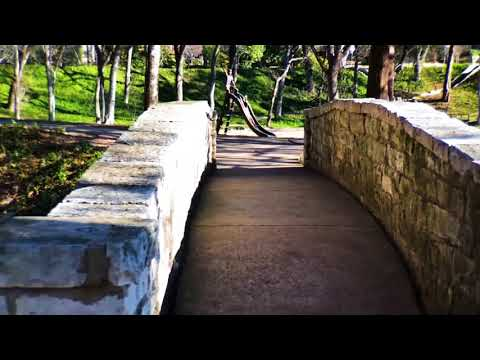 Best Parks in Dallas - Davis Park in Highland Park