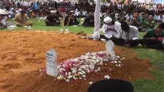 vuclip Dakwah Ngeri & Unik, 1 Jam dikubur hidup-hidup (sesi 1 )