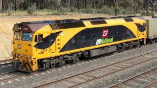 Australian Freight Trains at Kilmore East, Victoria (Friday 29th Oct, 2010)