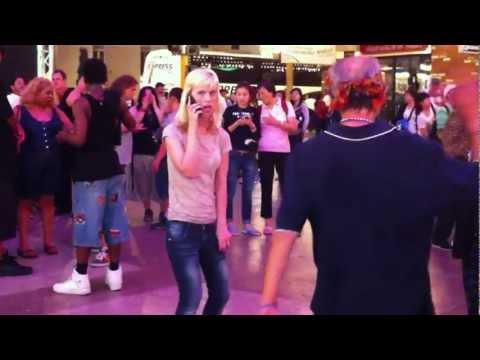 Best Dancing Homeless Bums in Vegas!!! Hilarious!!! You My Boy, Blue!!!