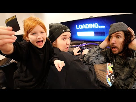 DAD vs ROBBERS -  Stealing Adley videos THE MOViE! Spy Girl & Hacker Mom escape from house WiFi cops