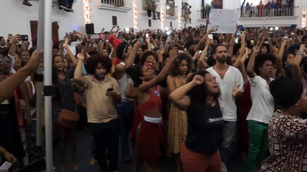 Angela Davis | Reception in Brazil - BAHIA | Opening of the event | Mantra of Fights.
