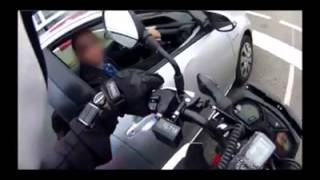 Undercover Motorcycle Cop Pulling Over Phone Users thumbnail