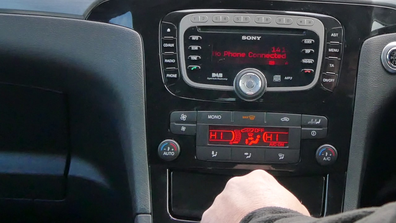 How To Delete A Mobile Phone From The Bluetooth System In A 2013