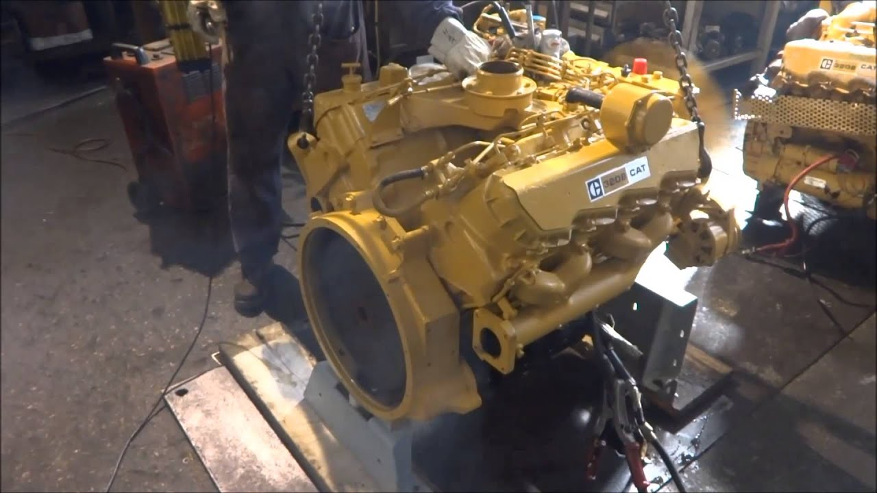 Caterpillar 3208 engine  YouTube