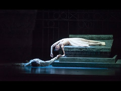 Behind the scenes during preparations for Romeo and Juliet (The Royal Ballet)