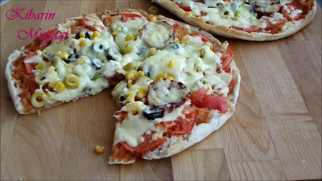 20 dakikada pizza nasıl yapılır   Kahvaltılık nefis pratik bazlama pizza  tarifi  Kahvaltılık tarifler