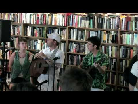 Bonnie Prince Billy & The Cairo Gang  with Angel Olsen @ Mojo Books and Music Tampa 4/20/11 PT 2