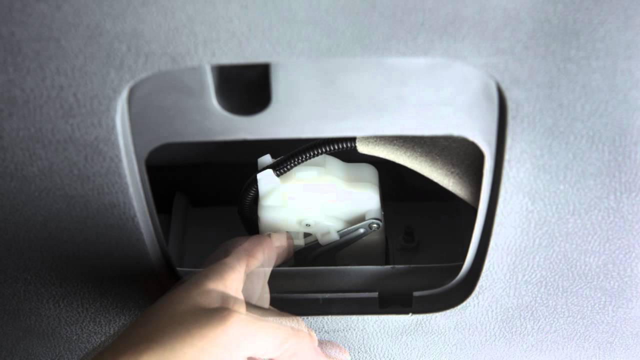 small resolution of 2015 nissan rogue select liftgate