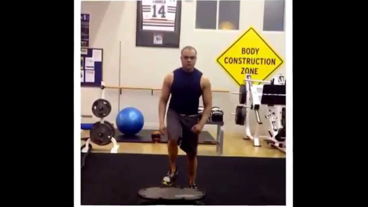 Convocar escucha Implacable  Triple Jump on the Reebok Core Board #core #workout #exercise #abs #balance  - YouTube