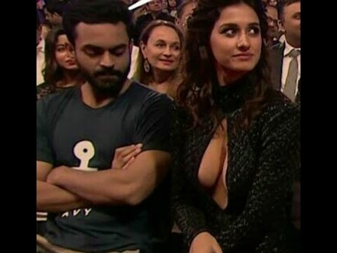 Man caught 'ogling' at Disha Patani's cleavage thumbnail
