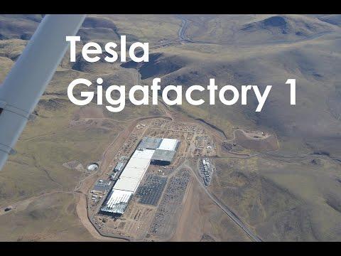 Tesla Gigafactory 1 Fly-Over (11/7/2016)