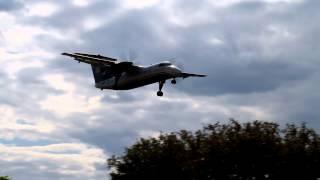 US Airways Express Dash 8 Landing at LaGuardia Airport