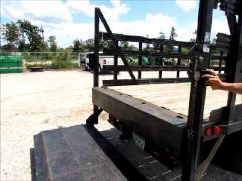 Sold  2007 Gmc W4500 14 U0026 39  Flatbed Truck Waltco Lift Gate