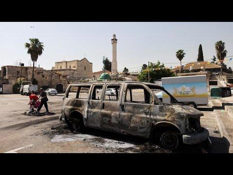 اللد: اعتداءات من متطرفين يهود على السكان العرب بالرغم من حظر التجول وحاخام بارز يدعو للتهدئة  - 01:00-2021 / 5 / 13