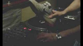rob cain scratches with a shoe @ the boiler rooms doncaster