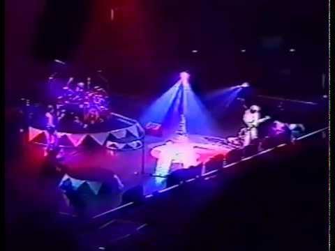 Van Halen -- Adelaide, AUS -- 4.27.1998