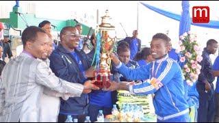 Naibu Waziri TAMISEMI akabidhi kombe Arusha