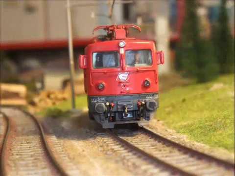 my model of Serbian Railways eletric locomotive serie 444with new livery Serbija Cargo