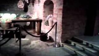 Подвалы Мирского Замка.(Это видео загружено с телефона Android., 2011-10-08T12:17:30.000Z)