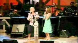 Martina McBride & Lynn Anderson - Rose Garden