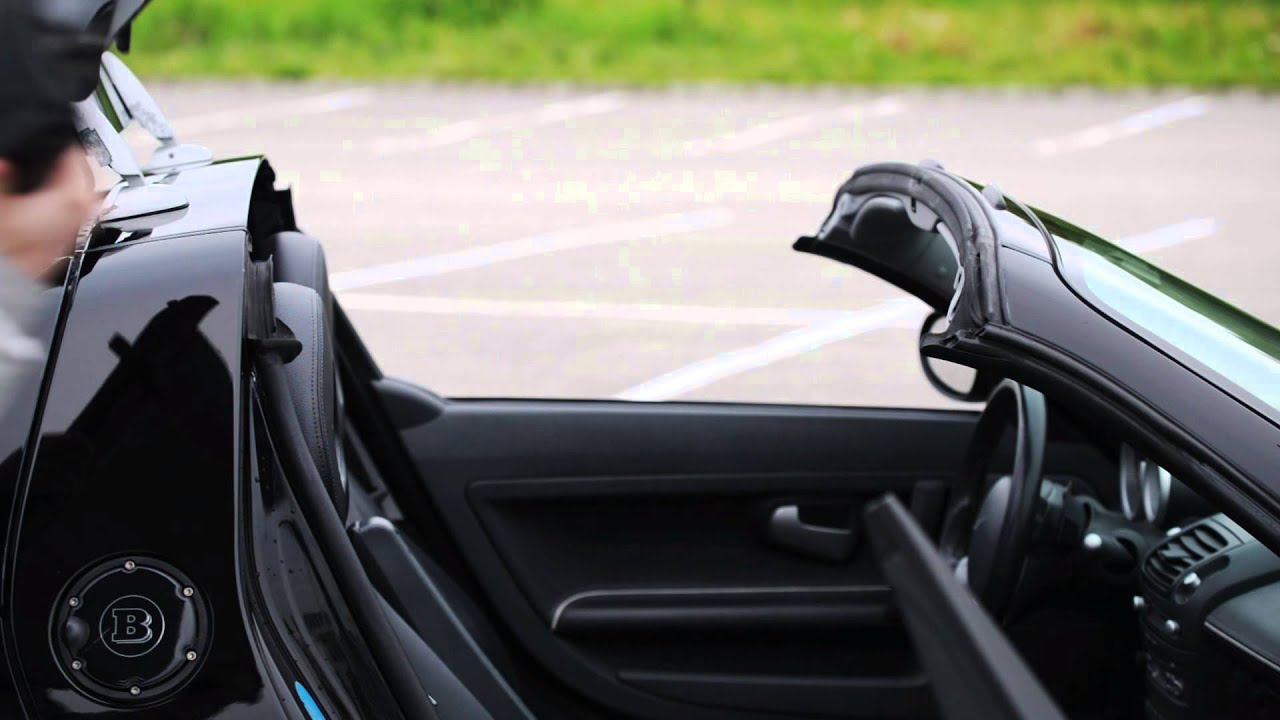 smart roadster brabus soft and hard top installation demonstration youtube. Black Bedroom Furniture Sets. Home Design Ideas