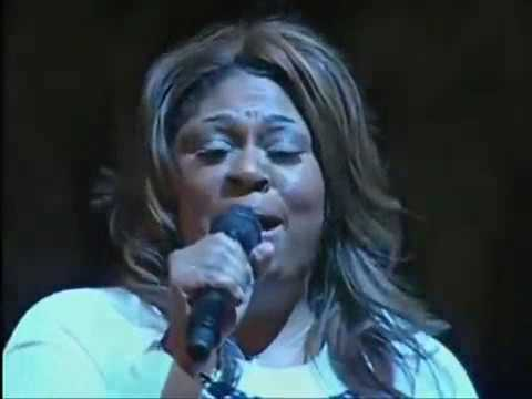 Kim Burrell   I Look To You A MUST SEE