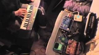 Tablehooter vid II - Casio  MT-520, SA-35, Hazarai and Holy Stain