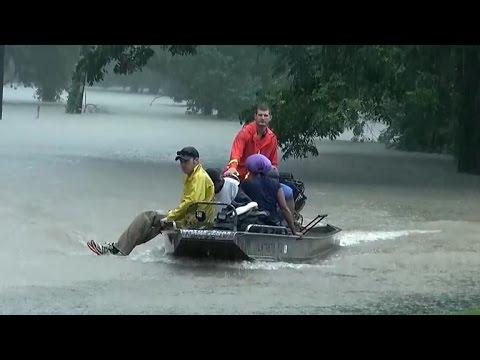 Historic Louisiana flooding displaces thousands
