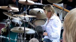 Nicko McBrain peforming Run To The Hills live @ Rock N Roll Ribs - 4/15/2011