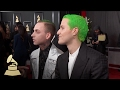 Capture de la vidéo Mike Posner | Red Carpet | 59Th Grammys