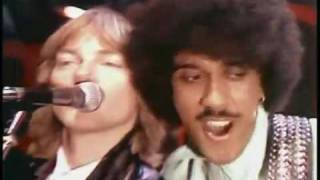 Watch Thin Lizzy Dear Miss Lonely Hearts video